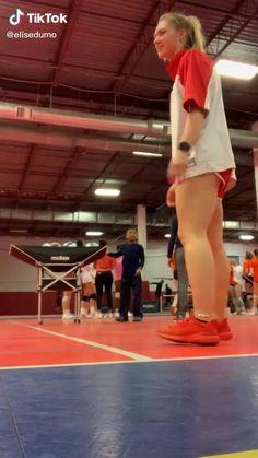 Volleyball Jokes, Volleyball Tryouts, Volleyball Skills, Volleyball Practice, Volleyball Training, Coaching Volleyball, Volleyball Pictures, Volleyball Videos, Soccer Drills