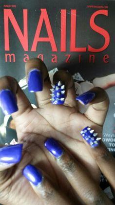 Spike nail art