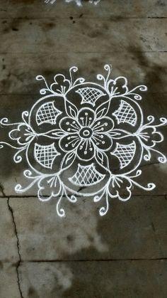 Simple machine quilting beautiful 35 Ideas for 2020 Rangoli Designs Flower, Rangoli Patterns, Rangoli Ideas, Kolam Rangoli, Flower Rangoli, Beautiful Rangoli Designs, Kolam Designs, Hand Designs, Indian Rangoli