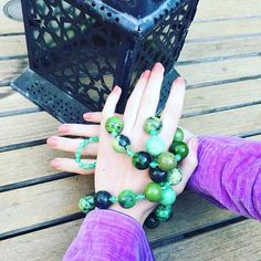 Grey day in London but you cannot put a damper on perfect shades of green 💐☔️🍀 #felinalondon #purple #violet #green #jewellery #jewellerydesign #chrysoprase #beads #beauty #glamour