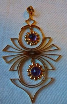 Eino Westerback, vintage 14k gold pendant with amethysts, 1960. #Finland | OldGold.fi