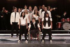 "Glee season 1 ep. ""Throwdown"" - ""Keep holding on"""