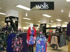 Pop into wallis for some gifts #MyChristmasStory