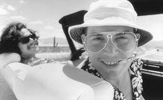 Still of Johnny Depp and Benicio Del Toro in Fear and Loathing in Las Vegas. Johnny Depp as hunter s . Hunter S Thompson, Fear And Loathing, Ryan Gosling, Movie Stars, Movie Tv, Movie Club, Film Mythique, Terry Gilliam, Johnny Depp Movies