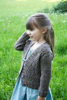 Available to buy on Ravelry: Cosy (you) pattern by Nadia Crétin-Léchenne. Uses a worsted weight. Aran would work well Knitting For Kids, Baby Knitting, Fall Cardigan, Matching Sweaters, Her Style, Cosy, Ravelry, Knitting Patterns, Knit Crochet