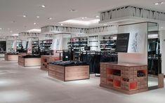 Breuninger menswear by HMKM, Stuttgart   Germany store design  ЗОНИРОВАНИЕ ОБОРУДОВАНИЕ