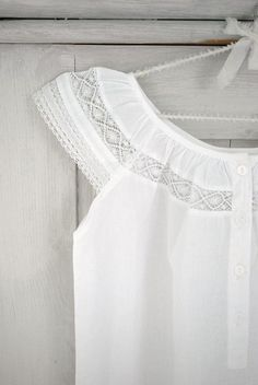 I love white and lace, so sweet Mein Style, Refashion, Night Gown, Style Me, Style Inspiration, Casual, Womens Fashion, How To Wear, Outfits