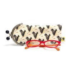 Étui à lunettes original, fait-main, cadeau Noël, à offrir pour Maman, Mamie, Marraine, Maîtresse, copine, doublé, fermoir métal, 7,5x19 cm Couture, Sunglasses Case, Etsy, Fashion, Lobster Clasp, Mom, Unique Jewelry, Handmade, Gift