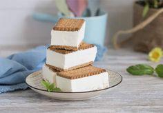 Sandwich de helado de vainilla y leche condensada