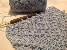 #grannysquare #crochet #crocheting #crochetlove #crochetaddict #croche #crochetersofinstagram #crochetblanket #crochetlover #crochetpattern #crochetpopcorn #yarnart #neyaparsanyapsevgiyleyap #örgüaşkı by y_atesoglu