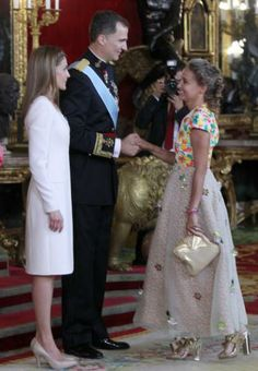 Noblesse  Royautés:  Installation of King Felipe, June 19, 2014-Princess Carla of Bulgaria, wife of Prince Kubrat, attended the luncheon held by King Felipe and Queen Letizia