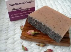 Natural Soap | Floral Fusion: All Natural Handmade Cold Process Soap with Shea Butter & Poppy Seeds - 4oz/110g