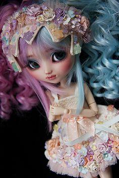 Pullip( I like her hair color)☺