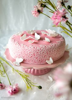 Lace Cake by Kinuskikissa - Pitsikakku Pretty Cakes, Cute Cakes, Sweet Recipes, Cake Recipes, Home Bakery, Afternoon Tea Parties, Piece Of Cakes, Something Sweet, No Bake Desserts