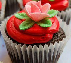 Cupcake de chocolate y fresa