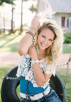 senior pic I got a tire swing! So gonna do thins!
