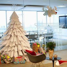 Árboles de navidad con materiales reciclados!