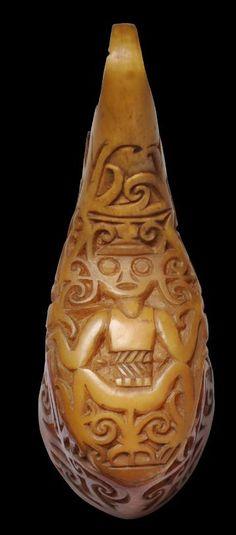 'Aso' Ear Ornament of Carved Hornbill Casque (Beak), Kenyah/Kayan Dayak People, Sarawak, Borneo, early century - Michael Backman Ltd Aso, Weaving Patterns, Borneo, Metal Working, Folk Art, Objects, Carving, Ornaments, Statues