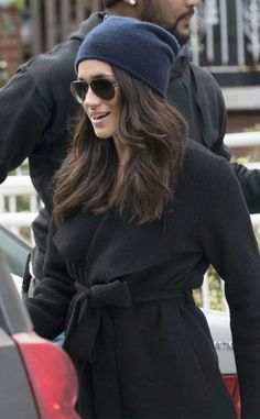 Meghan Markle Seen for First Time After Prince Harry Romance Rumors Meghan Markle Coat, Estilo Meghan Markle, Meghan Markle Hair, Meghan Markle Outfits, Harry And Megan Markle, Meghan Markle Style, The Tig Meghan Markle, Prince Harry And Megan, Harry And Meghan
