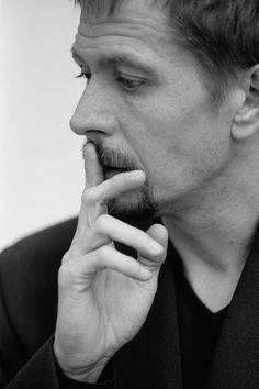 Gary Oldman- i absolutely love him and his acting. he is so underrated.