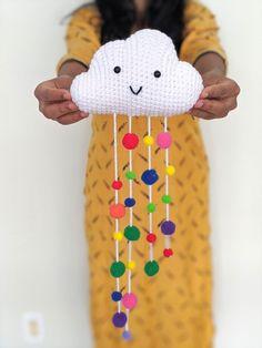 Amigurumi cloud free crochet pattern | Asmi Handmade Quick Crochet Patterns, Crochet Amigurumi Free Patterns, Crochet Geek, Diy Crochet, Crochet Crafts, Crochet Projects, Amigurumi Tutorial, Crochet Baby Mobiles, Crochet Mobile