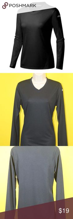 """ASICS Ready Set Long Sleeve Running Clothes WR1233 Brand New, With Tags, 100% Authentic  Aics WR1233 Aics Ready Wet Long Sleeve Tee   Women""""s Size:  S / P  Original price:$49.00  color: Black  More style and size on: 1) K&F Facebook page : https://www.facebook.com/stkandf/shop 2) ebay shop: http://stores.ebay.com/kf 3) https://www.bonanza.com/booths/henrylhg 4) http://www.buyalot.net  Thank you for looking at my item asics Tops Tees - Long Sleeve"""