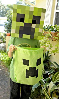 Be it for Halloween or birthday parties, MINECRAFT is the hottest thing going now. My son wanted a MINECRAFT themed slumber party to celebrate his birthday this year. Birthday Party Goodie Bags, Minecraft Birthday Party, Birthday Parties, 11th Birthday, Minecraft Costumes, Minecraft Crafts, Harvest Festival Crafts, Creeper Costume, Halloween Bags
