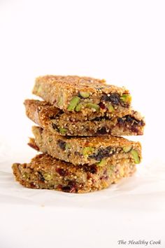 Granola Bars with Pistachios Cranberries Coconut Tahini and crispy Quinoa. The best granola bars I've ever made! (in Greek/English) Barley Nutrition, Yogurt Nutrition, Cheese Nutrition, Nutrition Shakes, Vegetable Nutrition, Diet And Nutrition, Nutrition Guide, Best Granola Bars, Quinoa Granola Bars