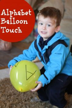 Alphabet Balloon Touch – I Can Teach My Child! This alphabet balloon touch game combines letter recognition with gross motor development. Preschool Kindergarten, Preschool Learning, Toddler Preschool, Learning Activities, Preschool Activities, Teaching Kids, Preschool Education, Toddler Learning, Learning Tools