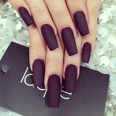 Kylie Jenners nails. Nails by: Laque` Nail Bar   See more about kylie jenner, nails and shape. Gorgeous Nails, Love Nails, Gel Nails, Acrylic Nails, Polish Nails, Coffin Nails, Nails Kylie Jenner, Laque Nail Bar, Matte Nail Art