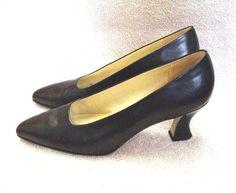 Nine West Black Leather No Daltons Pumps sz 9 M Classic Heels Shoes #NineWest #PumpsClassics