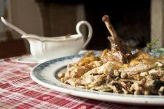La gallina faraona con funghi, olive e panna - di Il gusto di un tempo #fuudly #ricette
