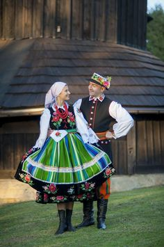 Folk Fashion, Fashion Art, Folk Costume, Costumes, Polish Clothing, Polish Folk Art, Folk Dance, World Cultures, Fashion History