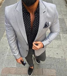 City Style // urban men // smarter // mens fashion // mens accessories // watches // stylish men // city boys //