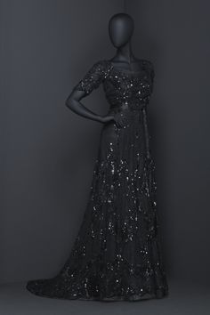 Evening Dress, Augusta Lundin: ca. 1908, Swedish, tulle covered in sequins, petticoat of organza and lining of silk.