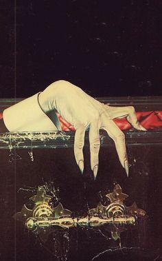 Halloween Poster, Halloween Art, Vintage Halloween, Halloween Photos, Dracula Book, Bram Stoker's Dracula, Vintage Comics, Vintage Art, Comte Dracula