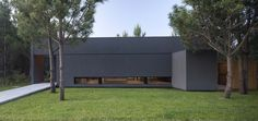 Gallery of L House / Estudio PKa - 11