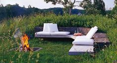 Outdoor Fire Pit Designs | an outdoor conversation pit does the trick when an indoor one just isn ...