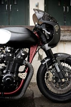 #wrenchmonkee8 Kawasaki z1000 j