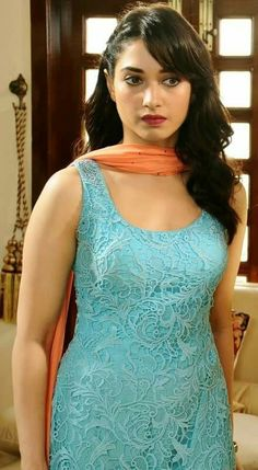 Beautiful Girl In India, Most Beautiful Indian Actress, Tamanna Hot Images, Anushka Photos, Bridal Boudoir Photography, Tammana Bhatia, Girls Short Dresses, Glamour Ladies, Stylish Girls Photos