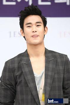[June 10th 2012] Kim Soo Hyun (김수현) on J.ESTINA Fan Signing Event at Lotte Department Store (Jamsil Branch) #102 #KimSooHyun #SooHyun #JESTINA
