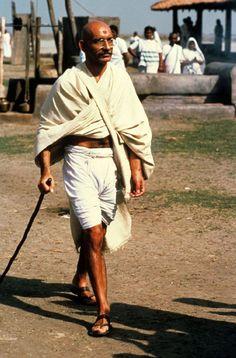 Best Actor 1983 - Ben Kingsley as Mahatma Gandhi in Gandhi  (Oscars/Academy Awards)