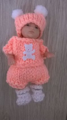 "Hand knitted dolls clothes fits 4.5 - 5"" Ashton Drake, ooak sculpt or similar."