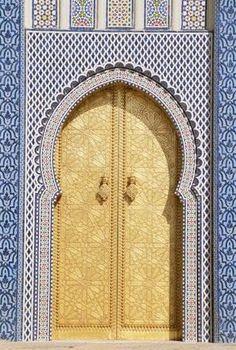 porte marocaine en bois peint porte marocaine pinterest. Black Bedroom Furniture Sets. Home Design Ideas