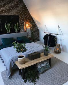 diy mug designs Dream Bedroom, Home Bedroom, Master Bedroom, Bedroom Decor, Bedroom Inspo, My New Room, Home Decor Inspiration, Industrial Chic, House Design