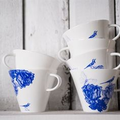 Blåloos tea cup - white with blue flower - Månses Design
