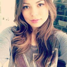 Love her style! Miranda Cosgrove #styleicon