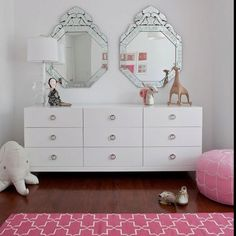 Teen girl bedrooms dreamy styling - Elegant yet peachy bedroom decor info and pointers. Pink Bedroom For Girls, Teen Girl Bedrooms, Little Girl Rooms, Bohemian Bedrooms, Long Dresser, Room Tour, Kid Spaces, My New Room, Bedroom Decor