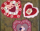 """Wool Applique' SAMPLE """"Charming Hearts"""" Valentines day candle mats, home decor. Trio"""