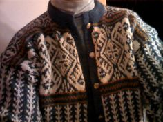 Norwegian cardigan or pullover. Can also be made in Rauma Istra Kamgarn.